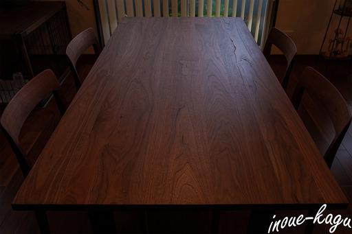 ワイルドウッドダイニングテーブル5.jpg